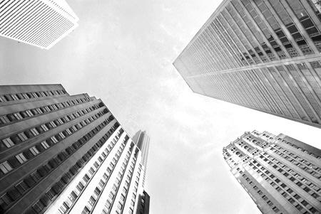 中·日, 한국 금융시장 빠르게 잠식