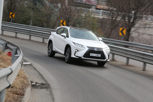 Lexus 2016 New Generation RX 주행 (13)