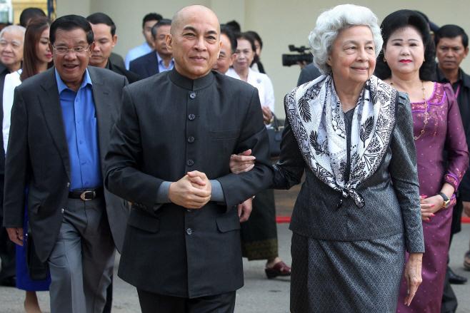CAMBODIA-POLITICS-ROYALS <YONHAP NO-1870> (AFP)
