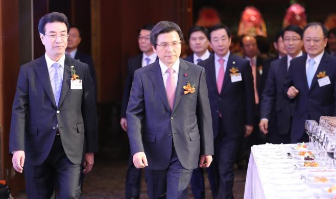황 권한대행, 건설인 신년인사회 참석