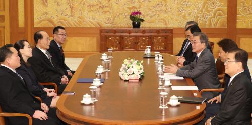 [올림픽] 문 대통령, 북한 고위급대표단 접견