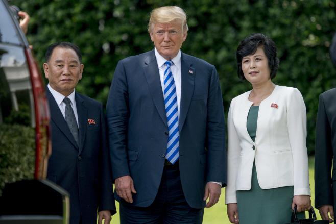 Trump US North Korea <YONHAP NO-1336> (AP)