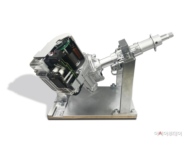 자율주행용 첨단 조향 장치 2(실물)