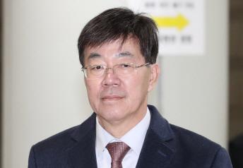 이영렬 전 지검장, '돈 봉투 만찬' 무죄 확정