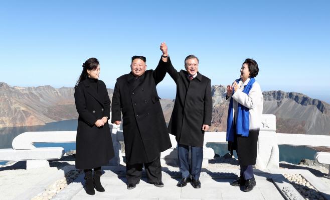 남북정상회담-백두산 천지 관람