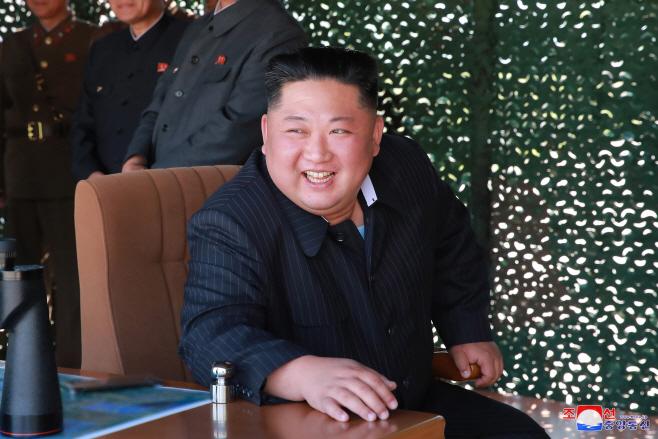 북한, 서부전선방어부대 화력타격훈련…김정은 지도