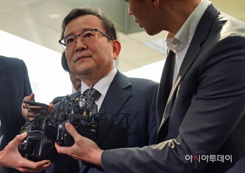 [포토] 김학의 전 법무부 차관 검찰 출석