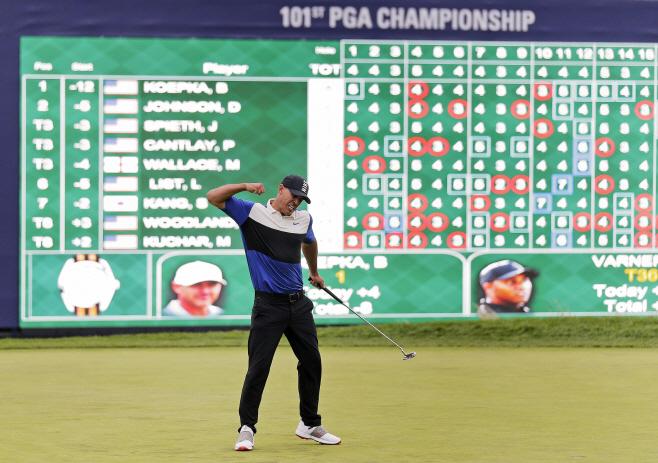 APTOPIX PGA Championship Golf <YONHAP NO-1362> (AP)