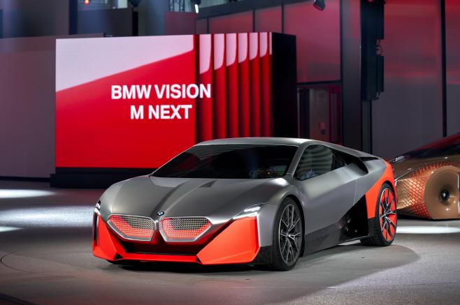 사진3-BMW Vision M NEXT 세계최초공개