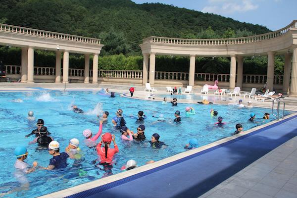 미래캠퍼스 야외수영장개방