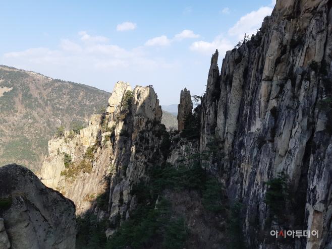 동해시 무릉계곡 베틀바위