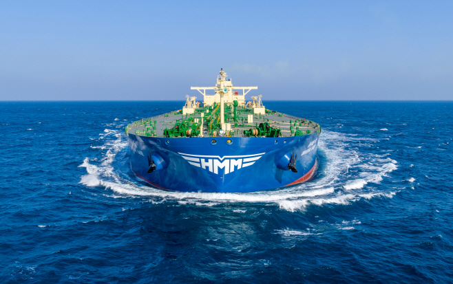 (사진2) 새CI가 적용된 선박