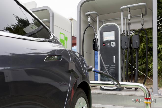 예산군, 친환경 전기자동차 및 수소자동차 각 18대 보급