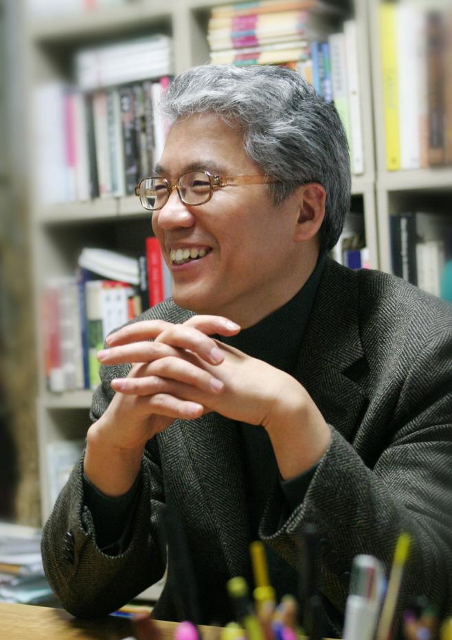 [사진] 김용선 교수