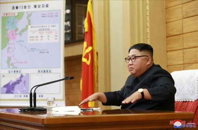 김정은, 태풍 '링링' 북상에 비상확대회의 긴급 소집