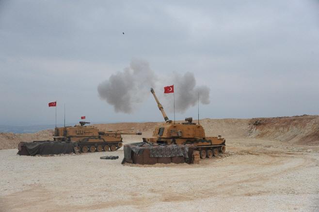 공격에 나선 터키군