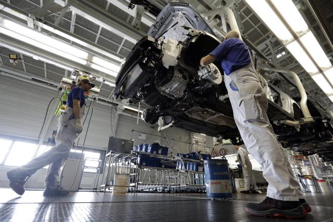 VW 볼프스부르크 공장 조립라인