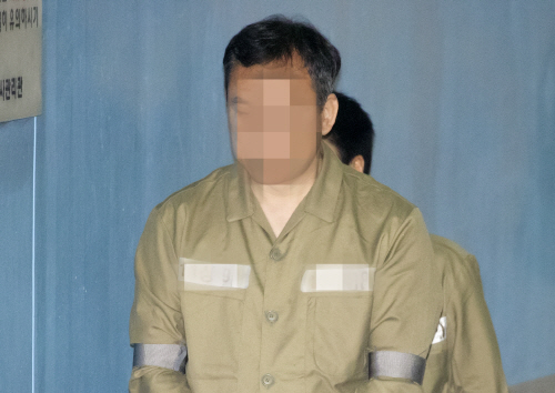법정 향하는 '쌍둥이 딸 문제유출' 숙명여고 전 교무부장