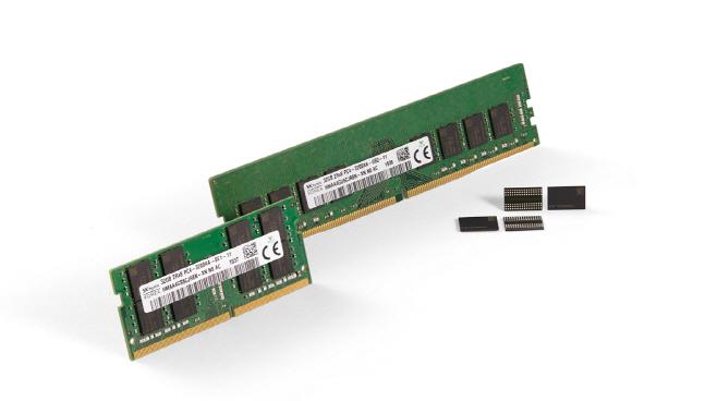 SK하이닉스가 개발한 3세대 10나노급(1z) DDR4 D램_2