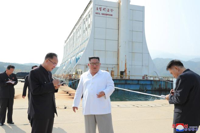 북한 김정은, 금강산 관광지구 현지 지도