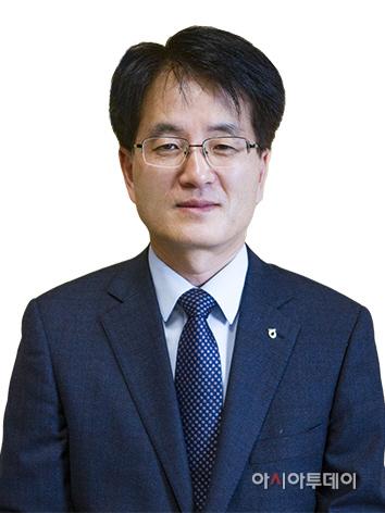 손병환 신임 부사장