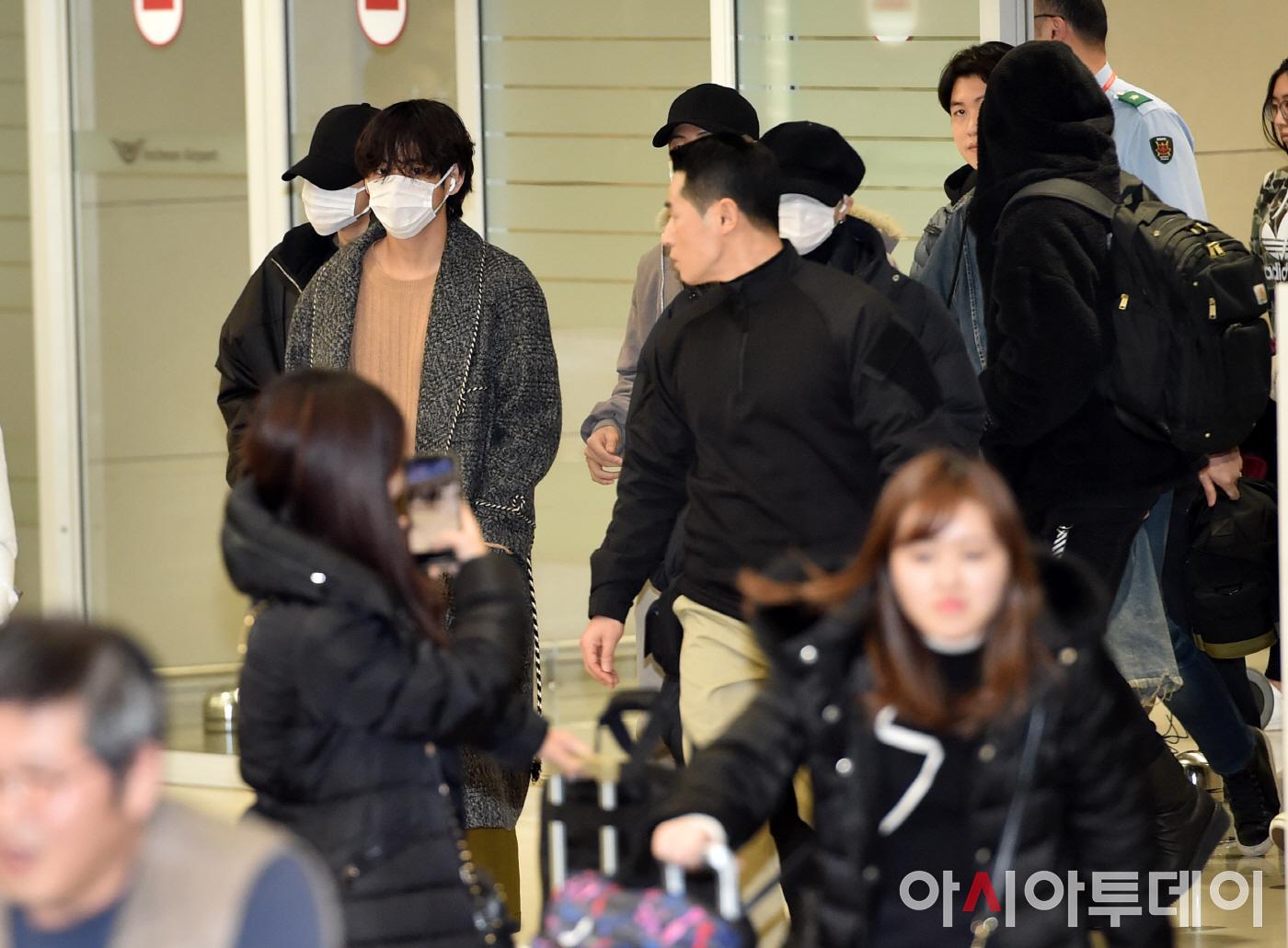 [포토] 방탄소년단, 입국과 동시 난리~