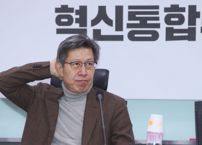 고심하는 박형준