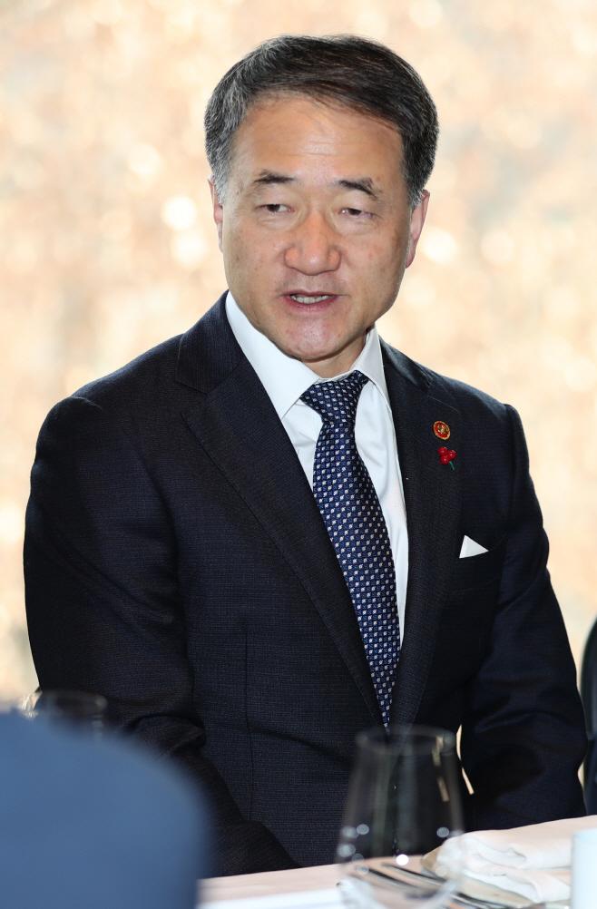 아세안 대사들 만난 박능후 장관<YONHAP NO-2595>