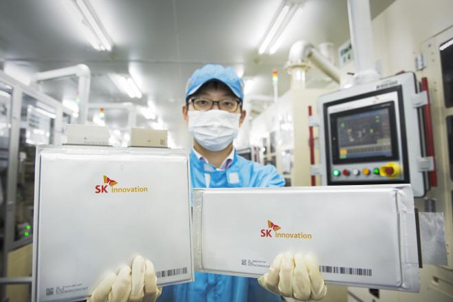 SK이노베이션 배터리 셀 연구원