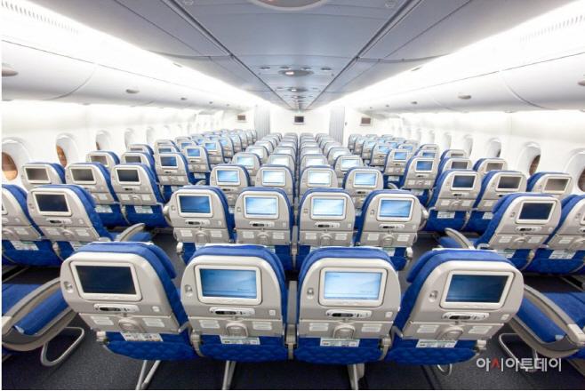 A380 이코노미클래스 모습