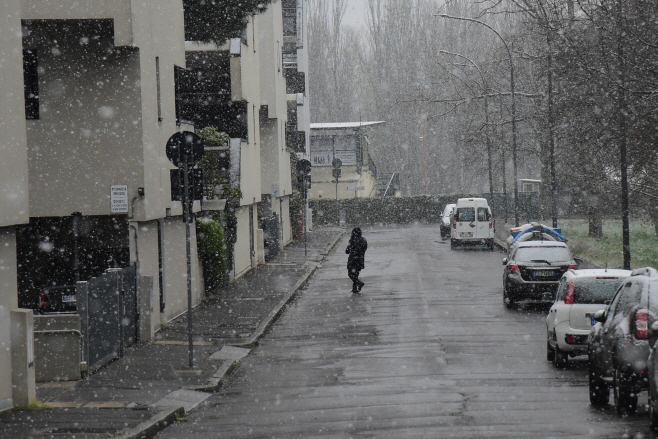 ITALY-BOLOGNA-SNOW