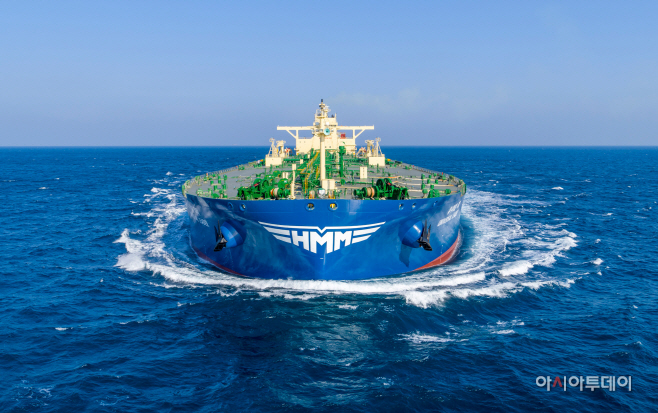 (사진2) 새CI가 적용된 선박 (1)