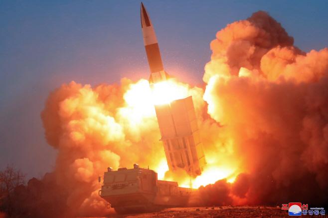 북한 전술유도무기 시범사격훈련<YONHAP NO-1771>