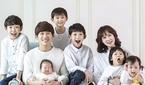 """박지헌 부부, 6남매와 찍은 가족 사진 공개 """"천국 아닐.."""
