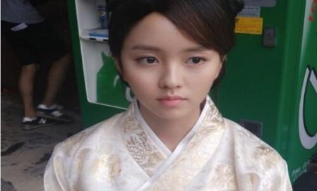 김소현, '도깨비' 촬영 인증샷 '단아한 자태'