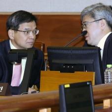 대화하는 대통령 법률대리인단