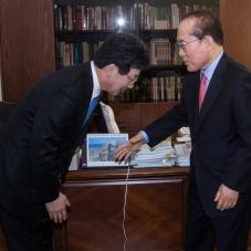 이회창 전 총재 만난 유승민