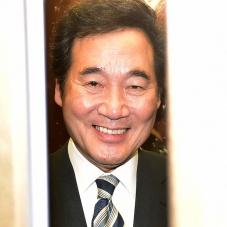 '인사청문회 D-2' 미소짓는 이낙연 총리 후보자