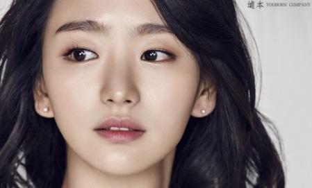 원진아, '돈' 홍일점 합류…류준열·유지태·조우진과 호흡