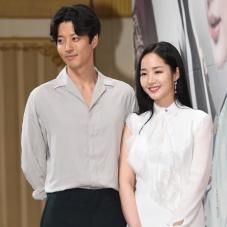 이동건-박민영 '완벽한 커플'