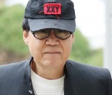 '그림대작' 조영남, 사기 유죄…징역 10월·집유 2년