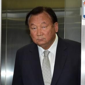 자유한국당 윤리위 참석하는 정주택 위원장