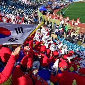 '이북도민 체육대회' 환호 받는 선수단