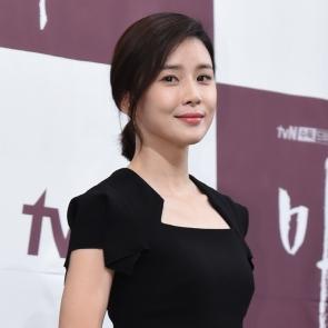 마더, 이보영 '우아한 자태'