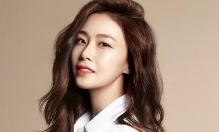 홍수현, '부잣집 아들' 캐스팅…30대 현실적 고민 대변한다