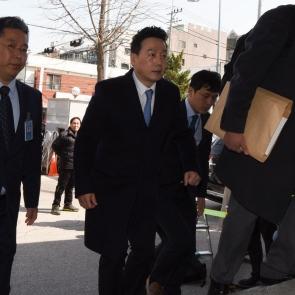 정봉주 전 의원, 고소인 신분 조사