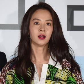 바람바람바람, 송지효 '놀란 토끼눈'