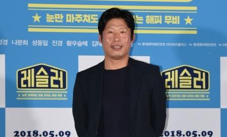 """'레슬러' 유해진 """"20대 아들 둔 아빠 역, 부담 없었다"""""""