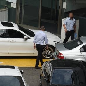 분주한 BMW서비스센터 직원들