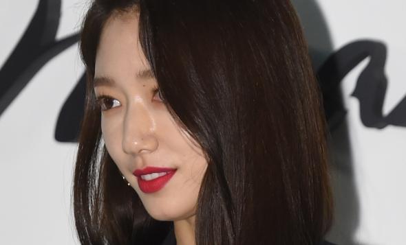 박신혜, 각도 무시하는 미모